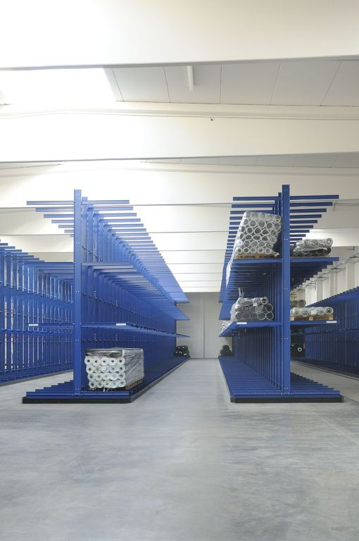 Cantilevered Racks Gallery 22